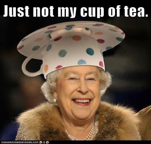 not my cup of tea He's not my cup of tea → no es de mi agrado, no es santo de mi devoción football isn't my cup of tea → a mí el fútbol no me va see also paper c.